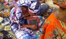 Women learning to wrtite, Senegal